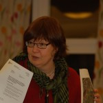 Rosa Lundmark (V) beskriver vad som händer i stadsdelsnämnden